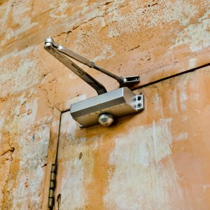 Automatic Door Closer Services - Laredo Locksmith Pros
